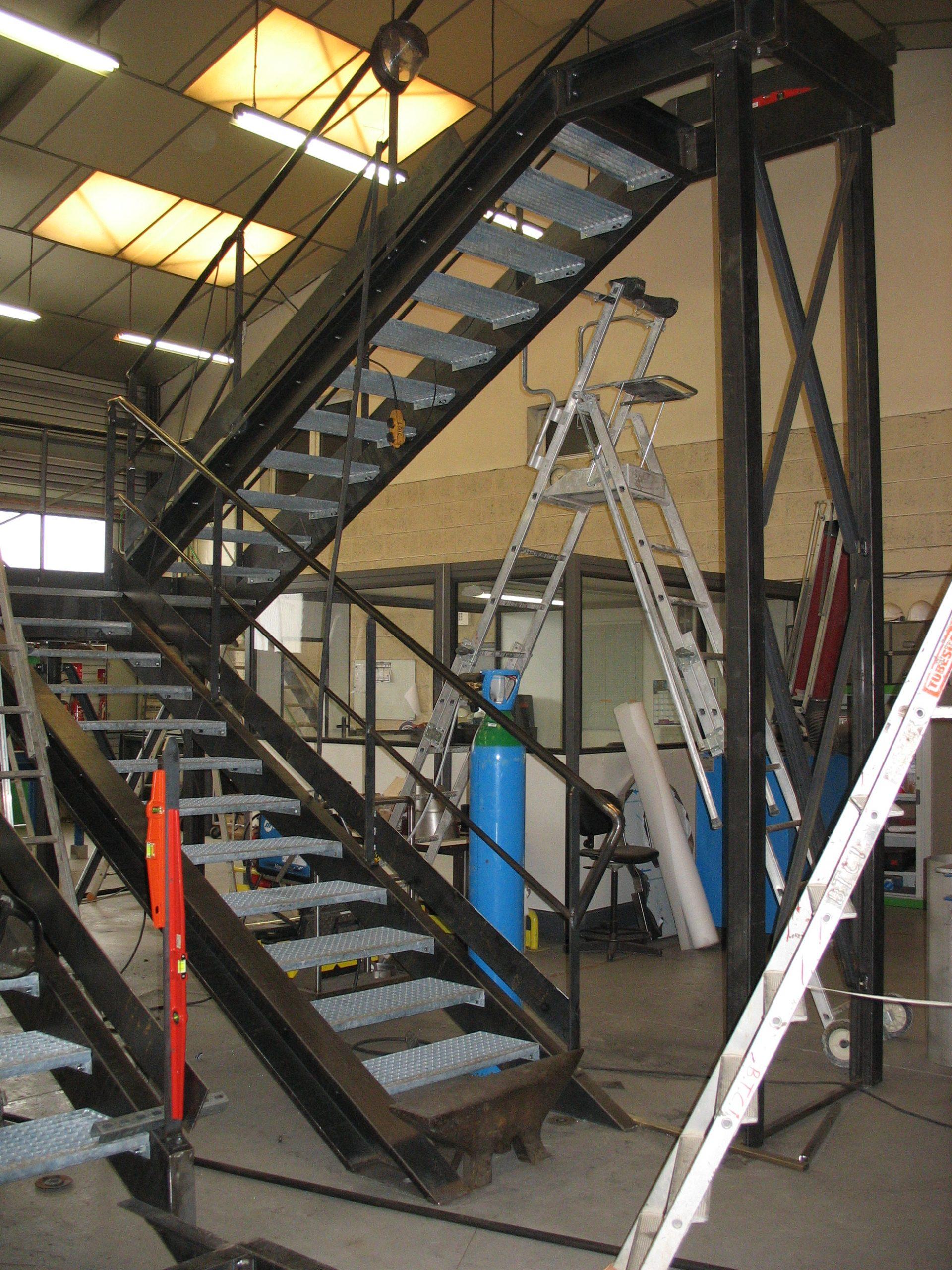 Escalier acier industriel