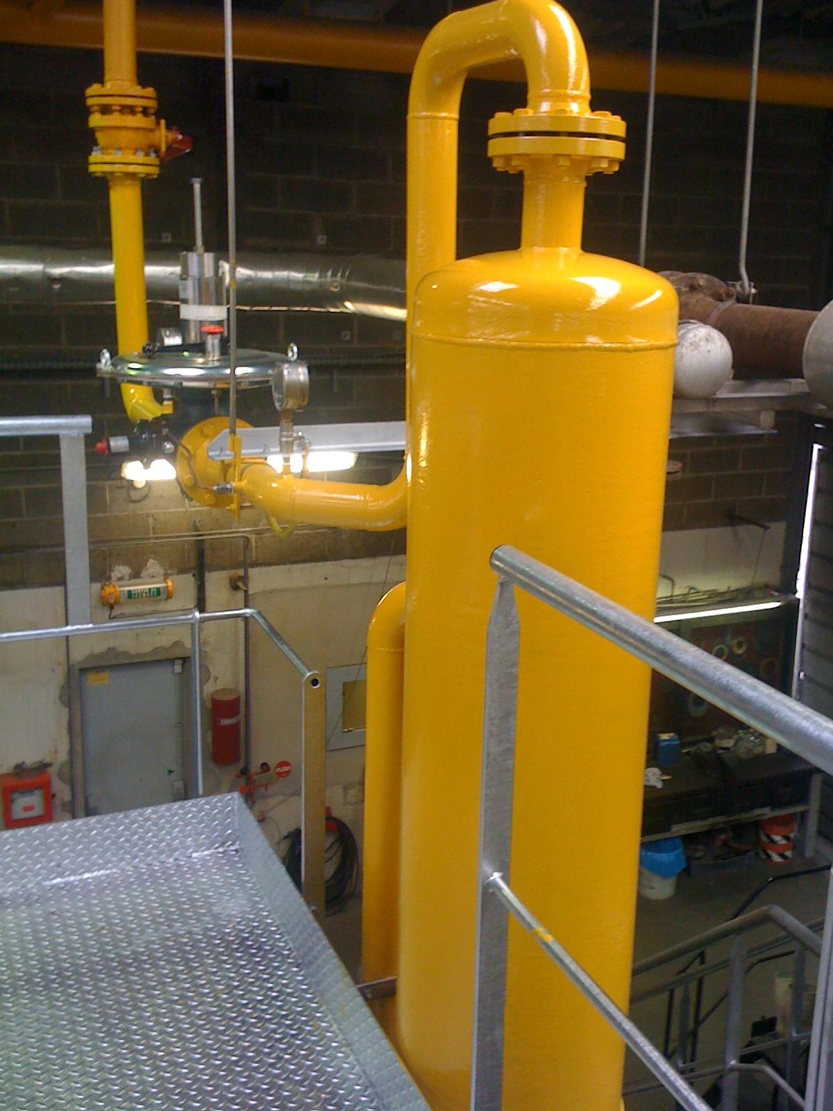 Réseau tuyauterie gaz en chaufferie
